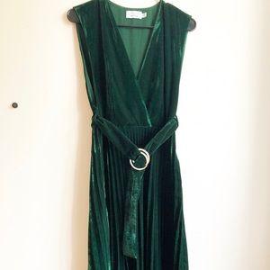 Stockholm Atelier Emerald Velvet Dress